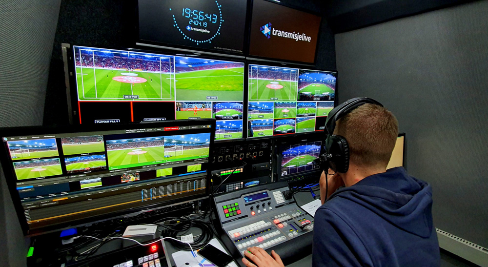 Poland's National Football Association Livestreams with Blackmagic Design 4