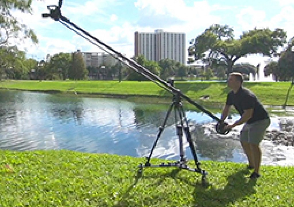 The Industry's First Transformable Camera Jib Offers Near-Steadicam Motion & Freedom 3