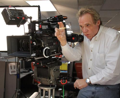 Hollywood Black Magic Filter Big Part of Reynolds' Bag of Tricks for Better Off Ted 1