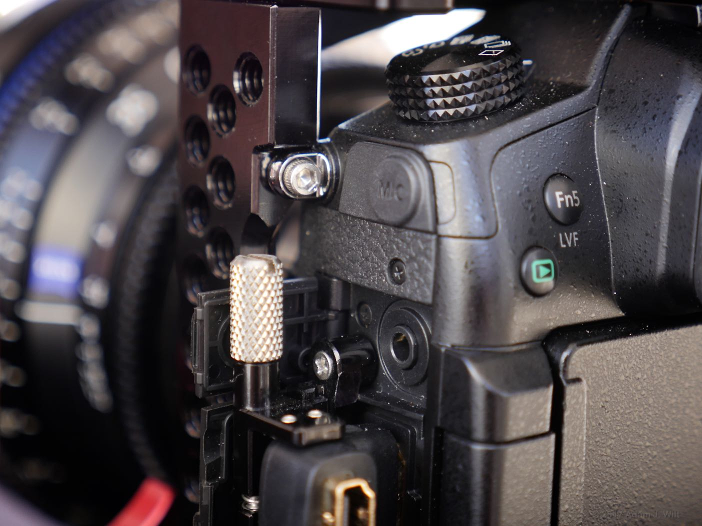 Zacuto GH5 cage left side
