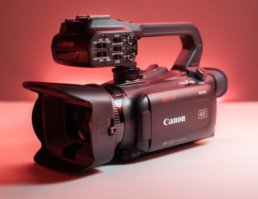 The Review Of The Canon XA-40 UHD Camcorder