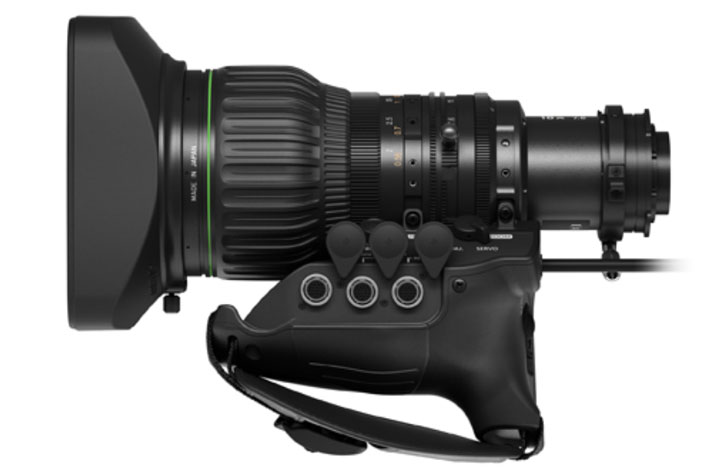Canon CJ18EX7.6B: a perfect compact lens for broadcast studio productions