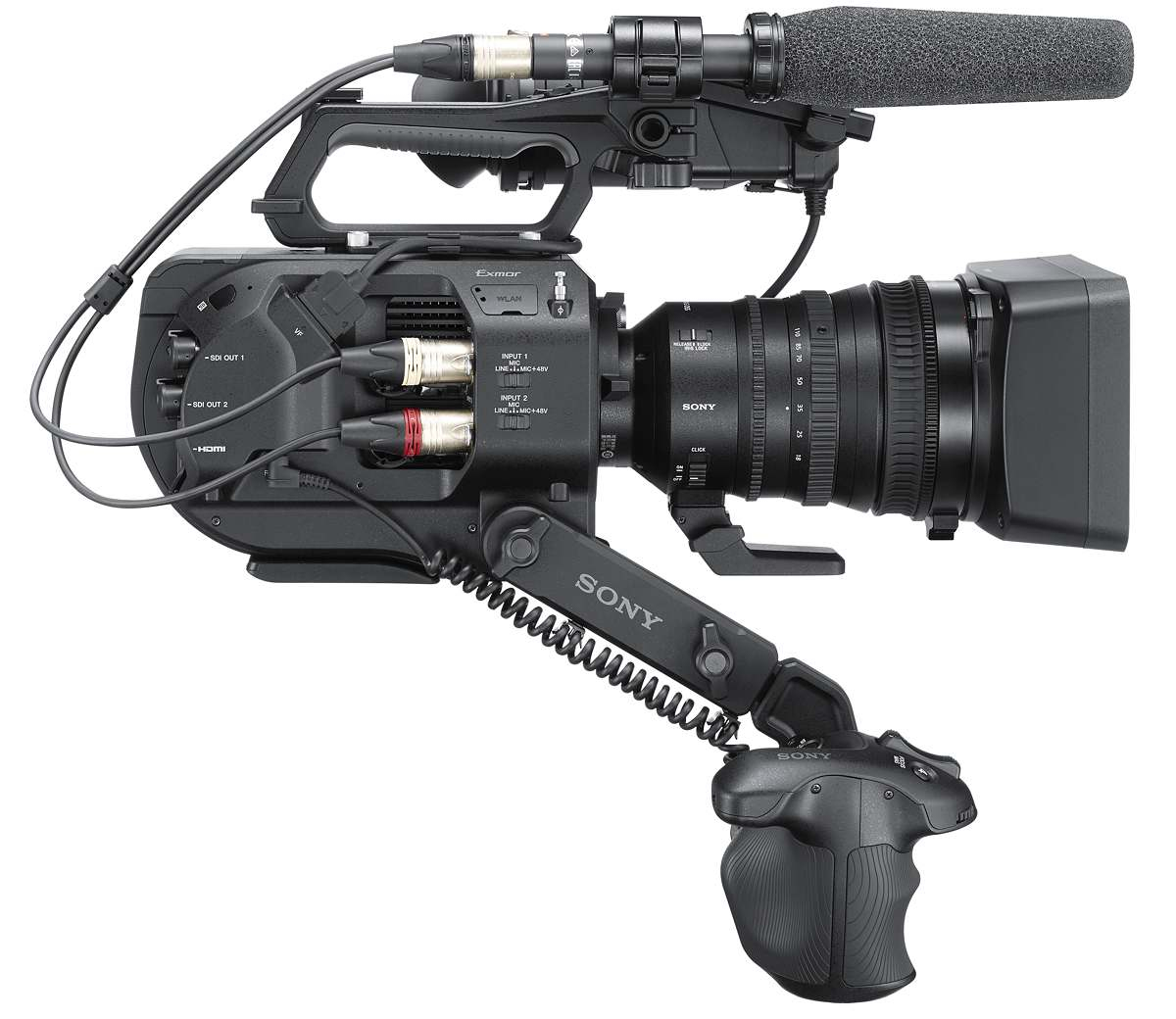 PXW-FS7 II with 18-110mm F4 kit lens