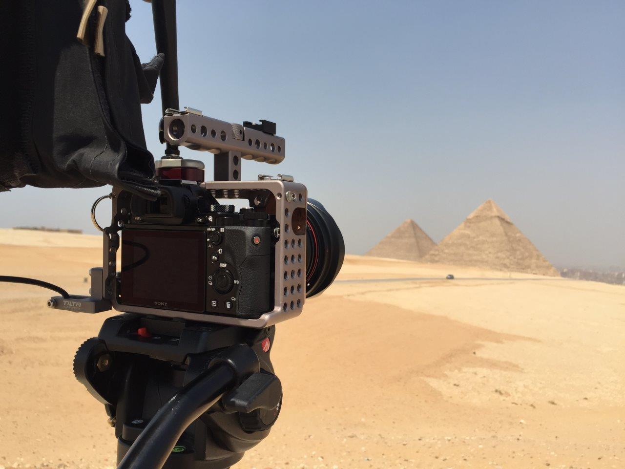 α7S capturing pyramids
