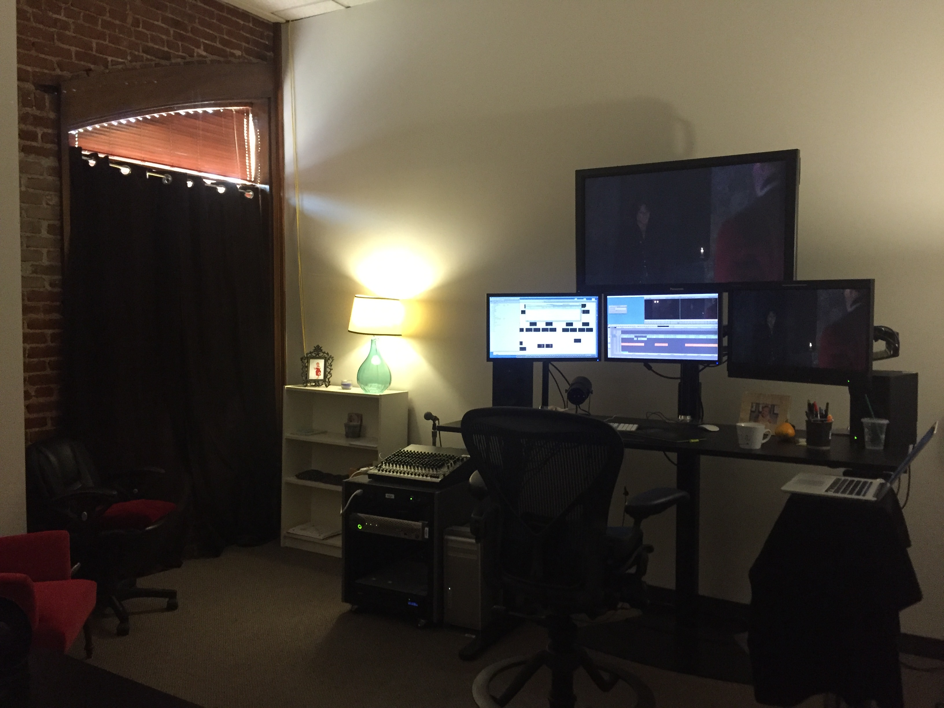Outlander editing room
