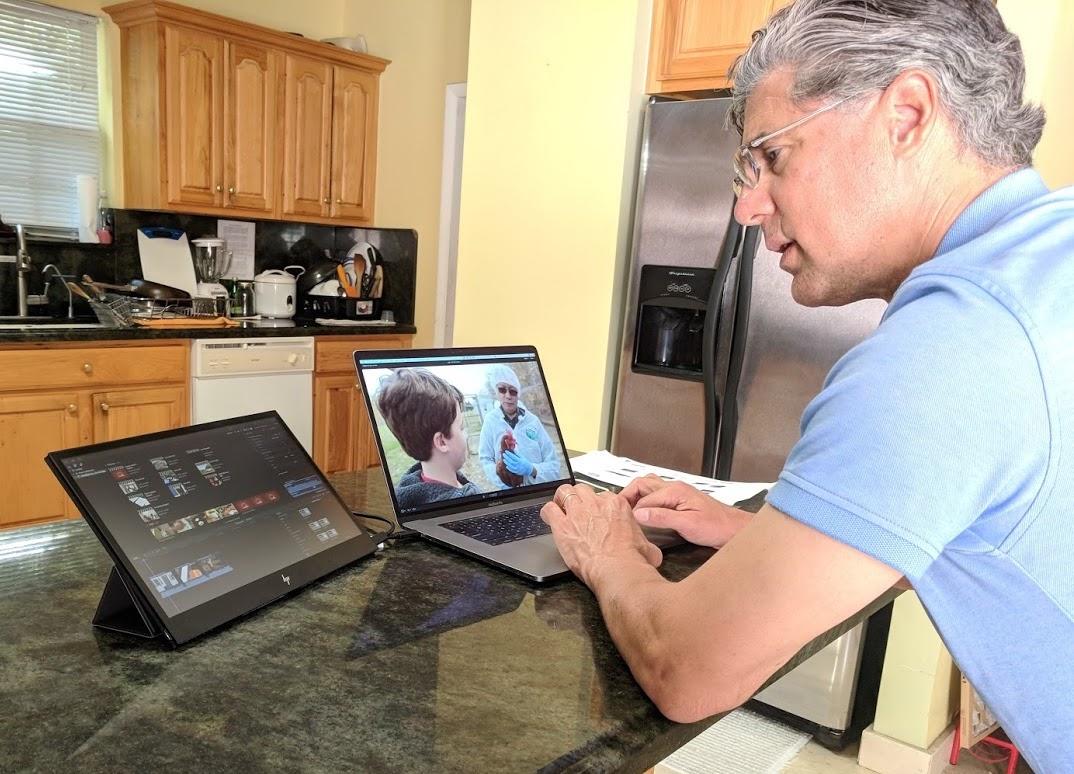 HP EliteDisplay S14 bus-powered portable monitor review 3