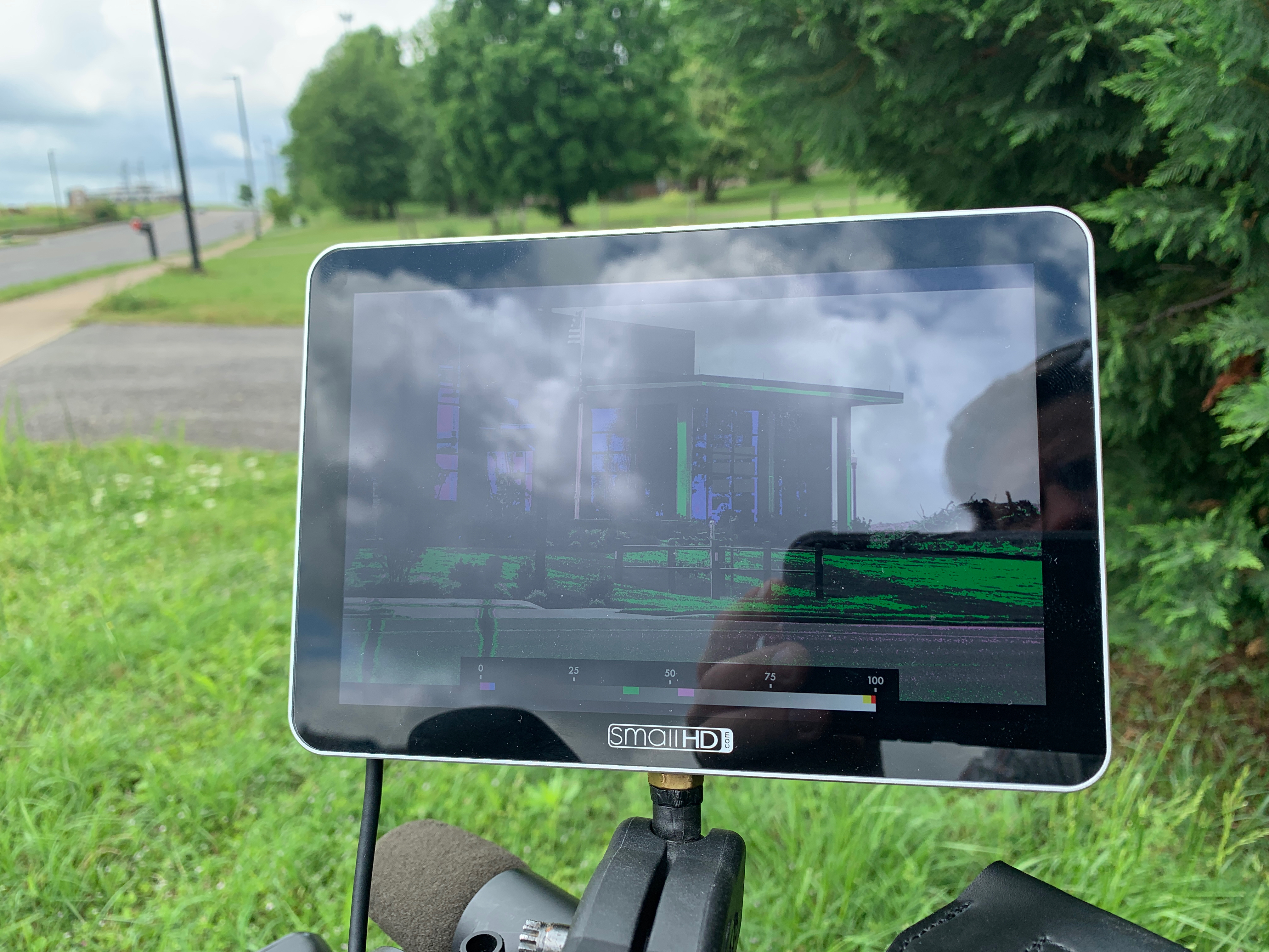 SmallHD Focus 7 Review. Is 1000 Nits Bright Enough? 1