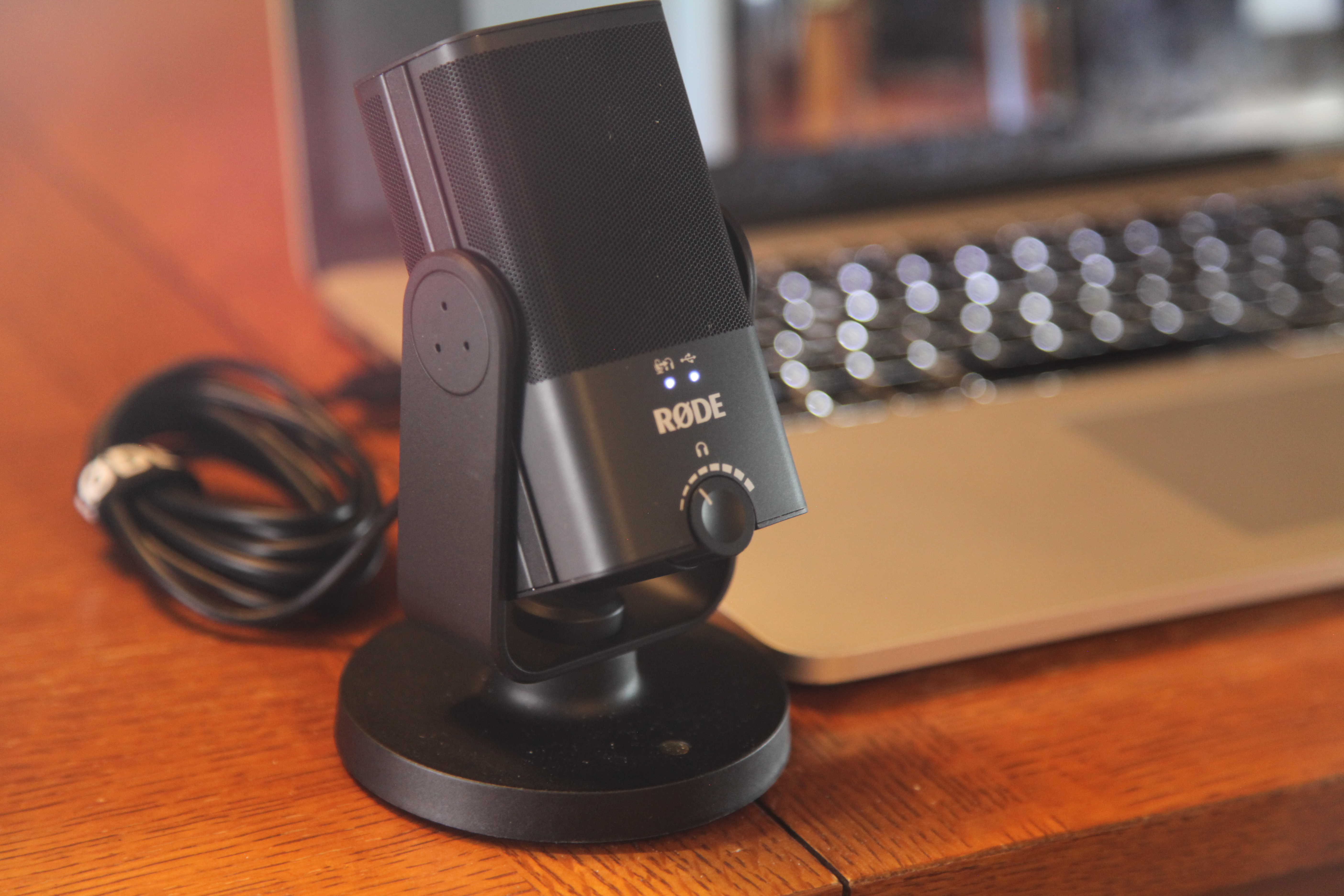 How to make better looking and sounding Skype and Zoom calls 4