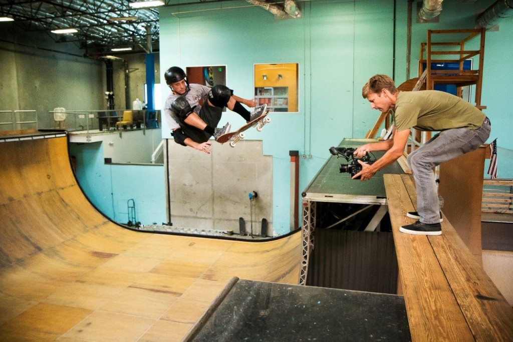 Skateboarding, freestyling and loving the FS7 1