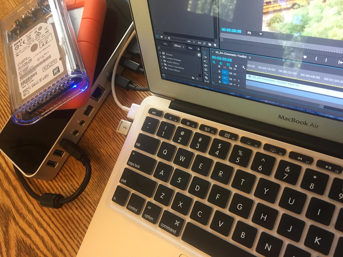 OWC-ThunderDock-MacBookAir