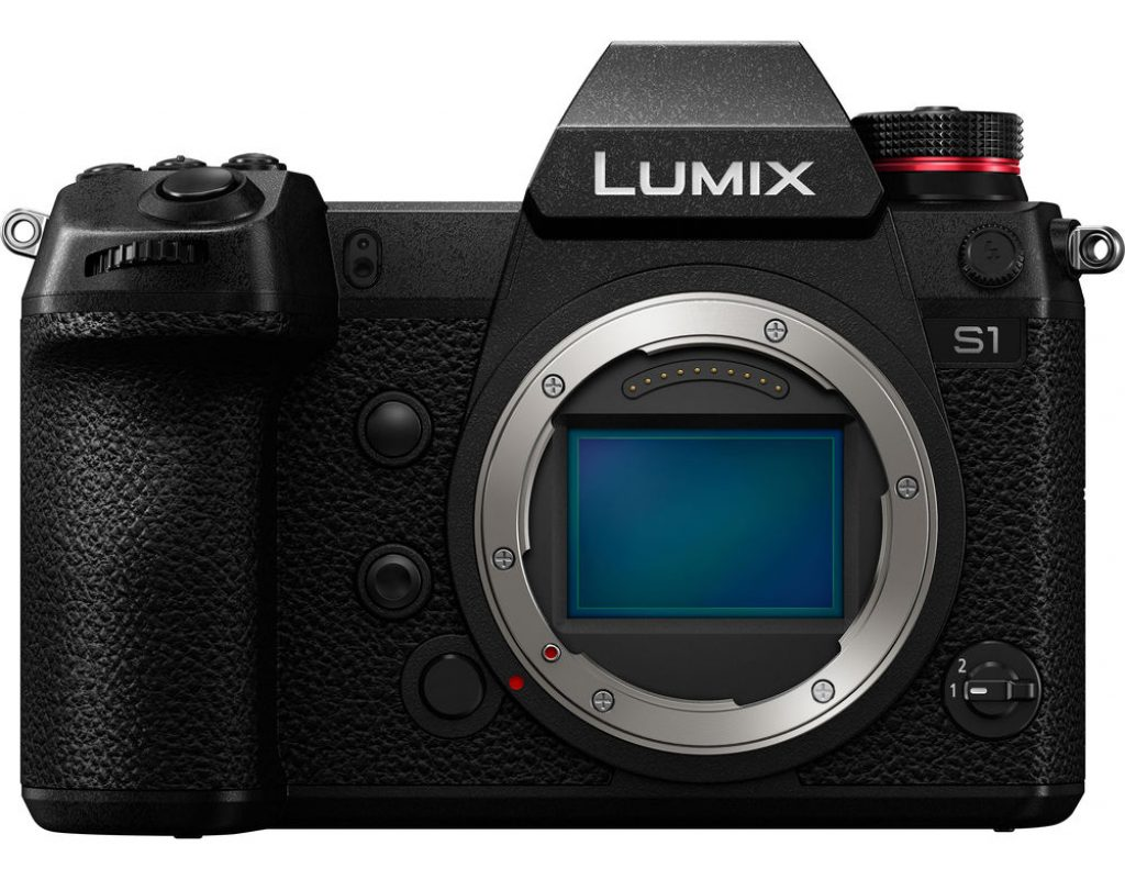 What's missing from the new full-frame Panasonic Lumix cameras? 9