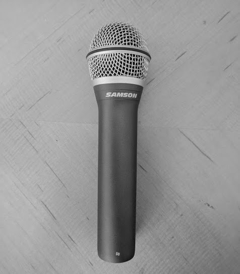 Samson Q2U headless mic with Shure A81WS presidential windscreen 8