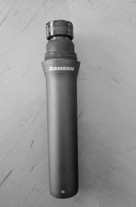 Samson Q2U headless mic with Shure A81WS presidential windscreen 9