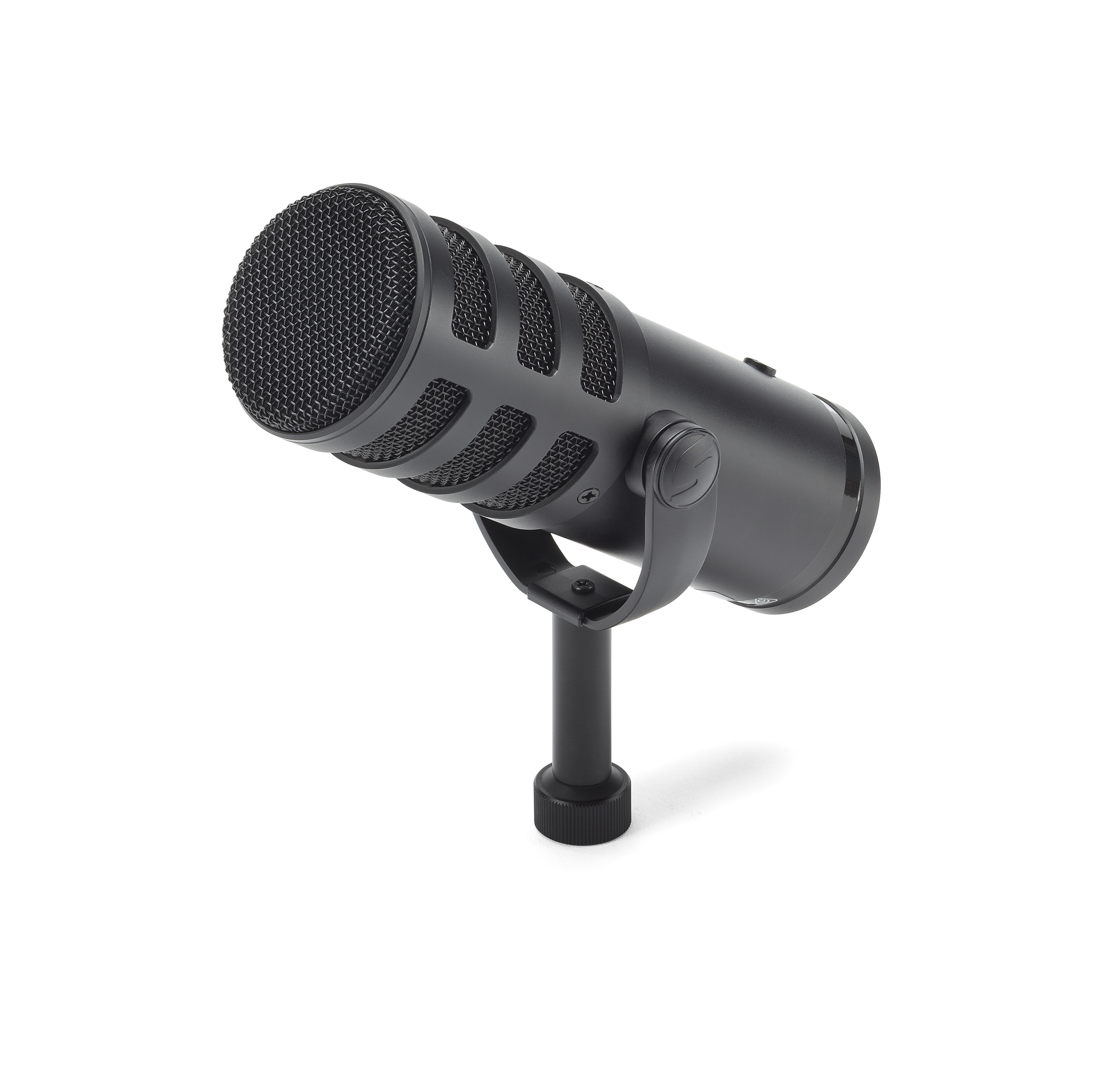 Samson launches Q9U dynamic hybrid studio microphone at CES 5