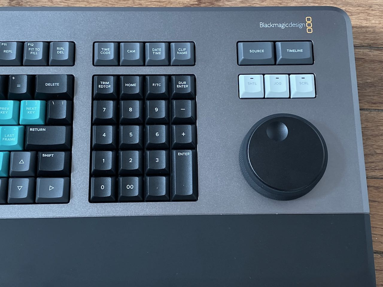 The Review Of The Blackmagic Design Resolve Editor Keyboard By Scott Simmons Provideo Coalition