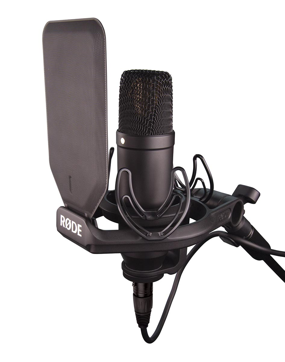 Review: RØDE NT1 studio microphone, shockmount and pop filter 15