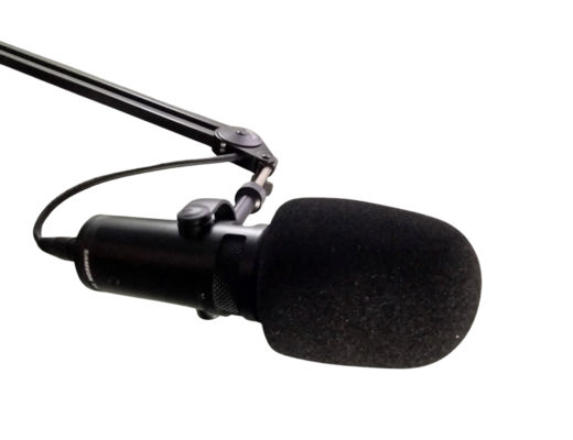 Review: Samson Q9U studio dynamic hybrid mic with A7WS windscreen 16