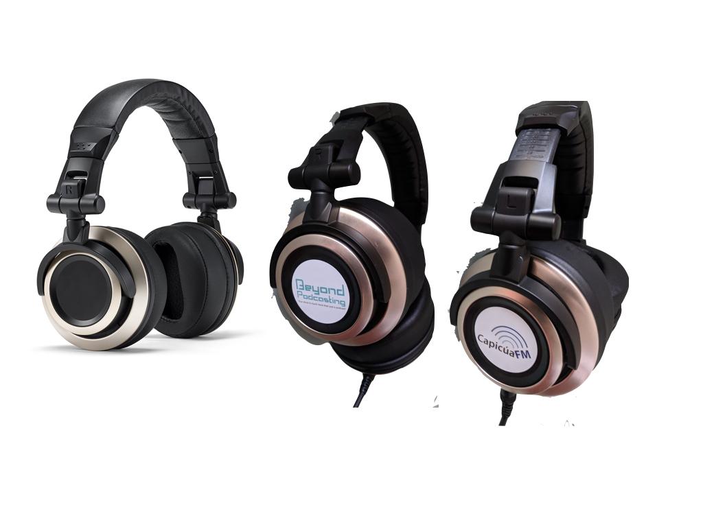 Review: Maono AU-HD300T dynamic hybrid USB/XLR microphone 39