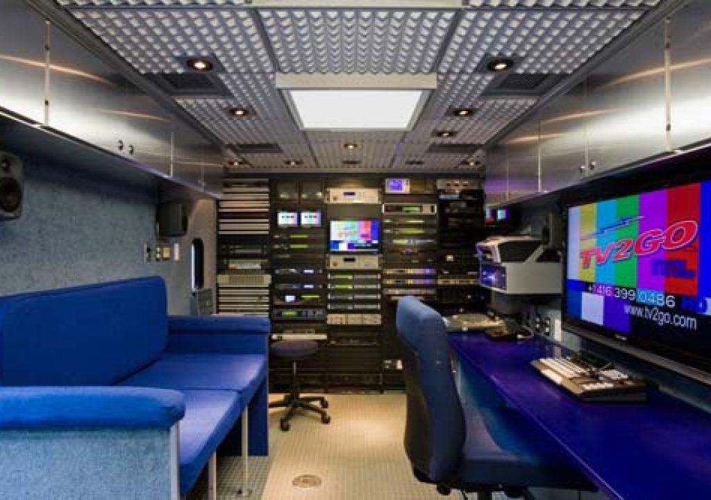TV2GO_HVS-300HS_MV-410HS_12_22_09.jpg