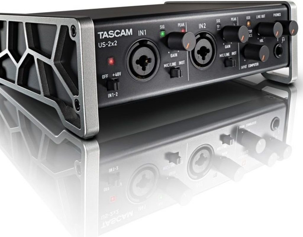 Tascam US–2X2 preamp/A-D converter interface review 11