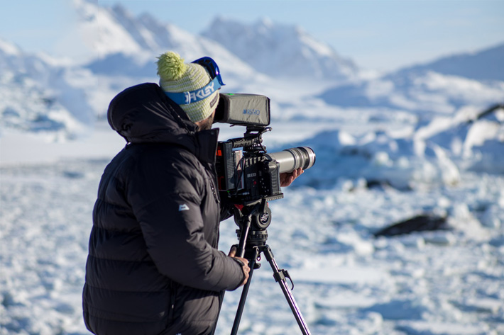 Testing the Sachtler Video 18 S2 tripod in Greenland