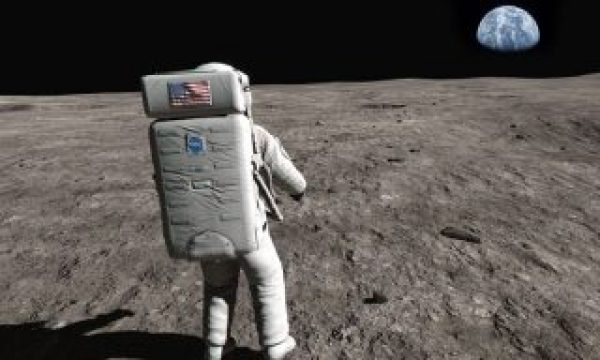 Apollo 11 VR HD: First Steps invites you to step into Neil Armstrong's shoes