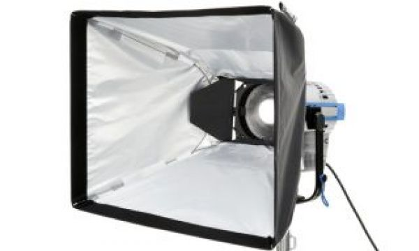 DoPchoice premieres the Universal SNAPBAG for barndoors at IBC 2019