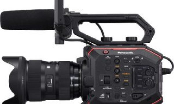 NAB 2018: Panasonic Shows off AU-EVA1 Firmware 2.0