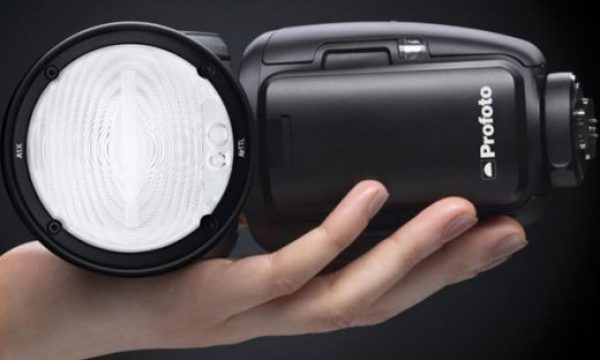 Profoto A1X : world's smallest studio light now available for Fujifilm cameras