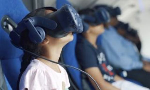 SpaceBuzz: using Virtual Reality to create ambassadors of planet Earth