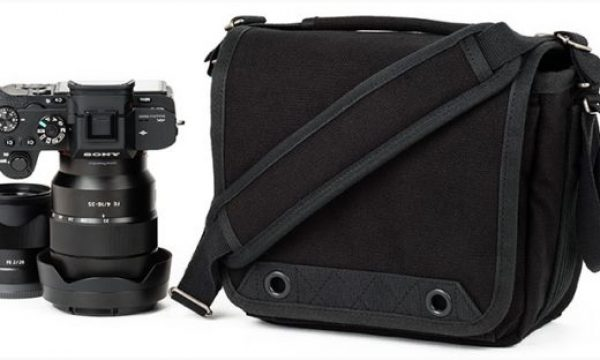 Retrospective 4 V2: a shoulder bag for street photographers with mirrorless