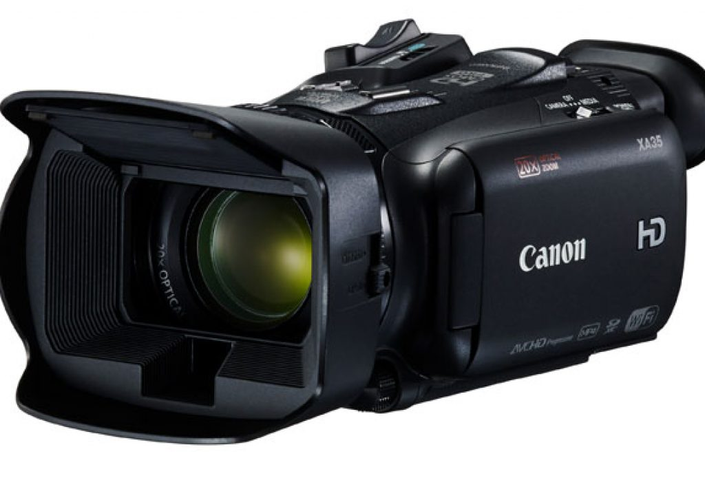 Canon has two new camcorders for professional videographers 7