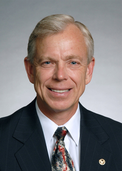 Verizon's Lowell McAdam to  Headline 2013 NAB Show General Session 4