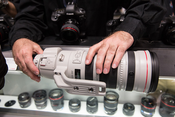First Hands On Video With The Canon 200-400 F4 IS 3