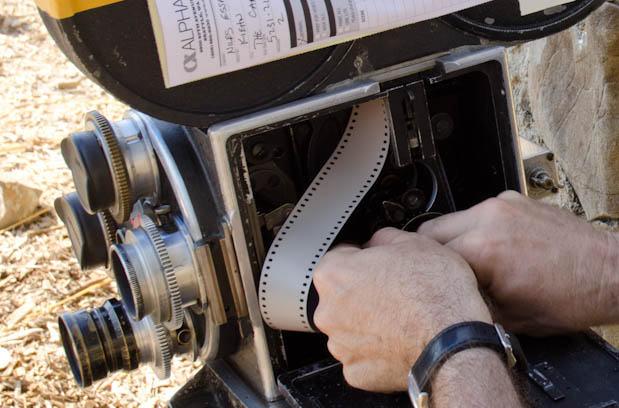 CAMERAS: Reloading a 90-Year-Old Film Camera 38