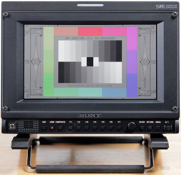 Quick Look: Sony PVM-740 OLED Display 40