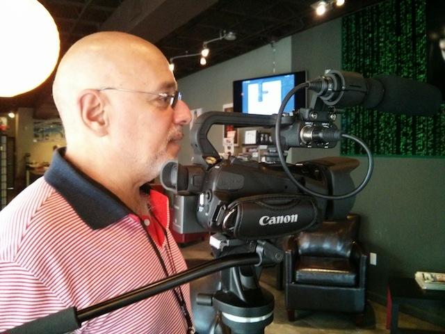 Ríchard Izarra covers my book launch with his Canon XA20 1