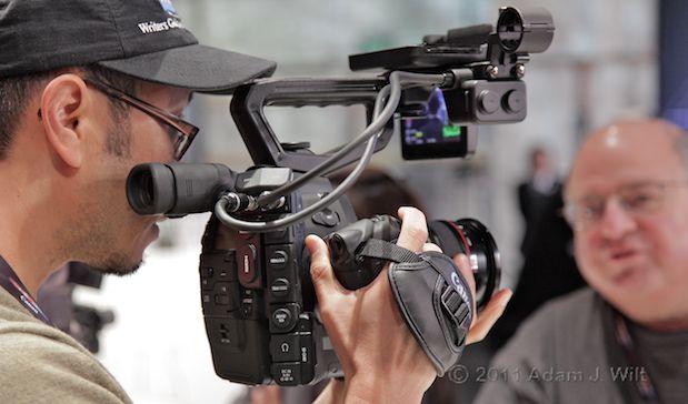 Quick Look: Canon EOS C300 LSS 1080p Camcorder 132