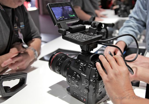 Quick Look: Canon EOS C300 LSS 1080p Camcorder 123