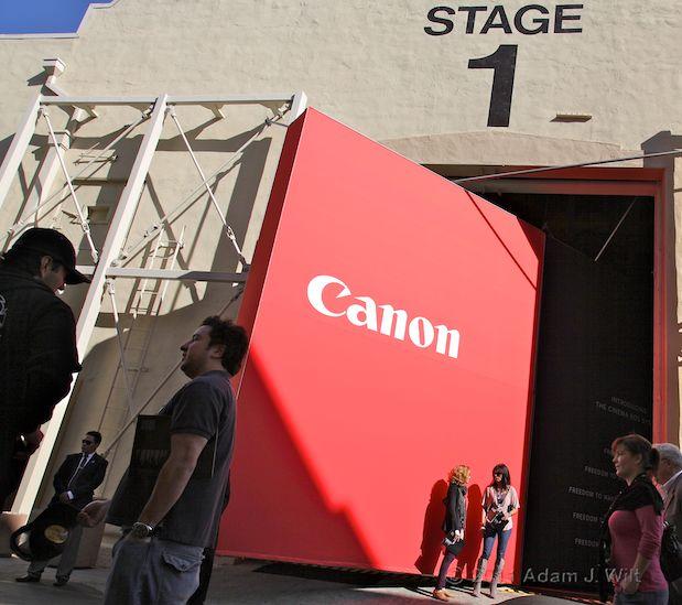 Quick Look: Canon EOS C300 LSS 1080p Camcorder 108
