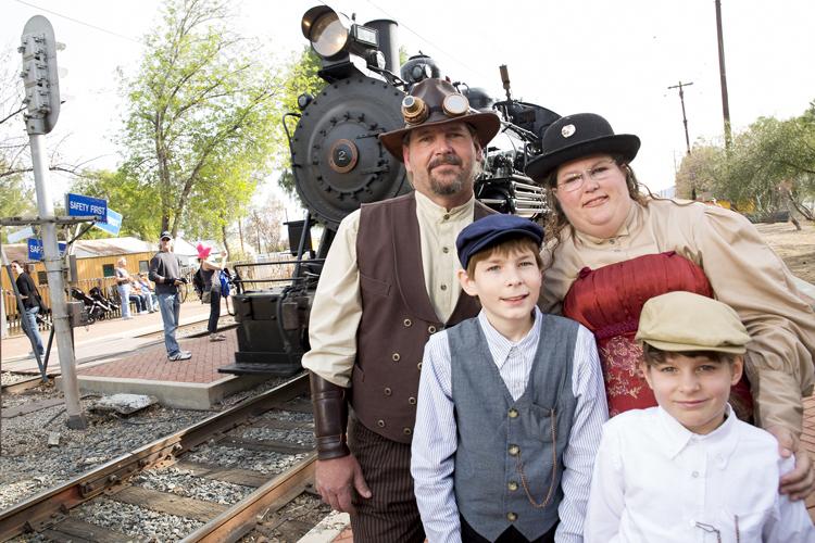 steampunk-train