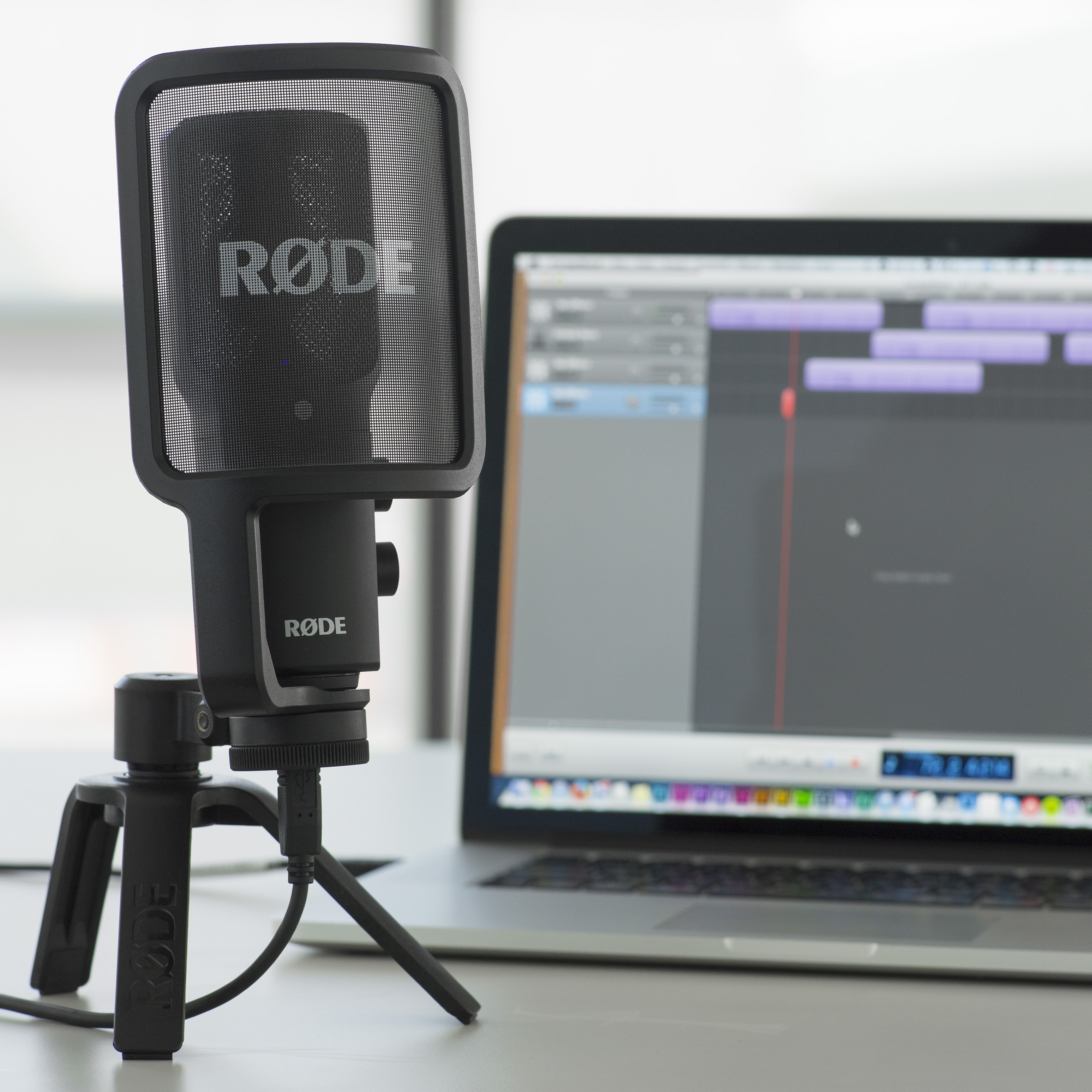 Enjoy Studio-quality recording on the go with the new RØDE NT-USB 4