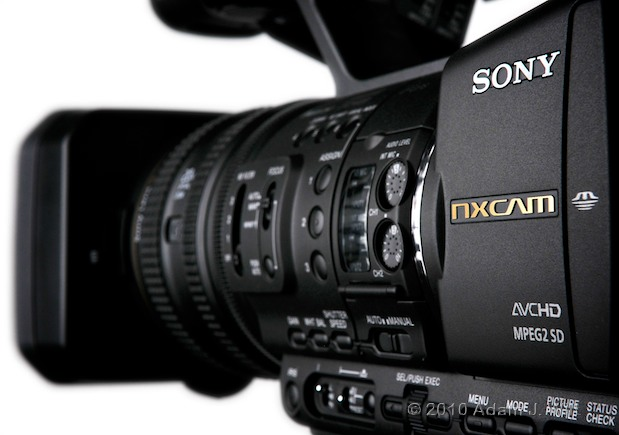 "Preview: Sony HXR-NX5U 1/3"" 3-CMOS AVCHD Camcorder 101"
