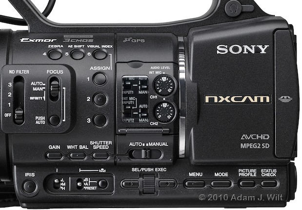 "Preview: Sony HXR-NX5U 1/3"" 3-CMOS AVCHD Camcorder 75"