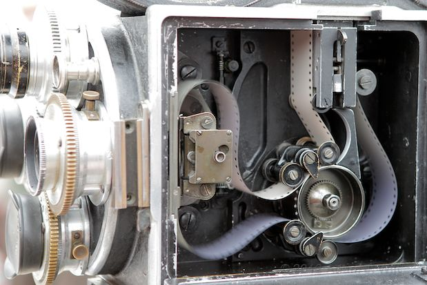 """Photos: the Bell & Howell 2709 and """"The Canyon"""" 149"""