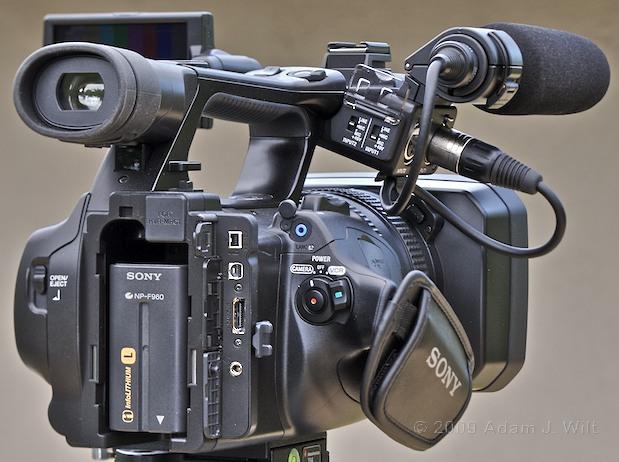 "Review: Sony HVR-Z5U 1/3"" 3-CMOS HDV Camcorder 38"