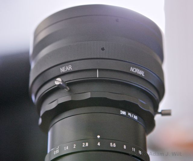 The lens has three setscrews for rotational locking, and a NEAR/FAR adjustment.