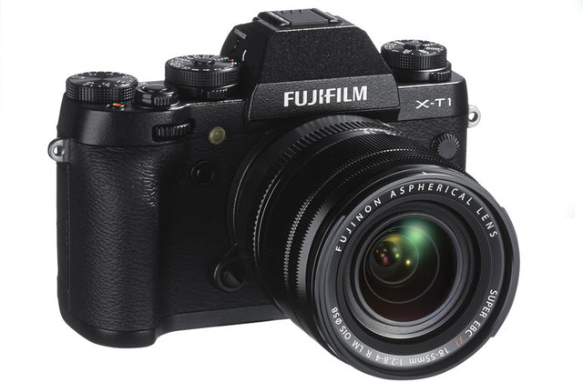 The new Fujifilm X-T1 looks much like the Fujica SLRs from the 70s