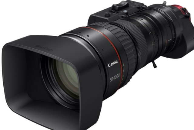 Canon's New Ultra Zoom for Sports and Nature 8