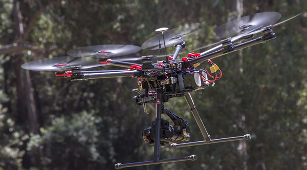 First Look: DJI S1000 Octocopter with EOS 5D MKIII 3